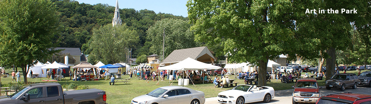 Art in the Park in Elkader